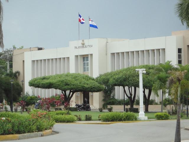 Resultado de imagen para palacio de justicia de san juan dela maguana