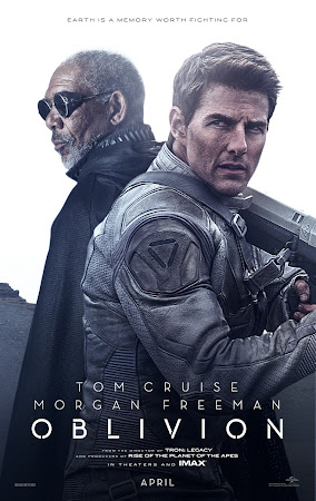 Poster Of Oblivion 2013 In Hindi Bluray 720P Free Download