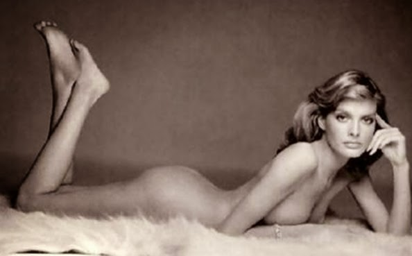 Renee russo naked
