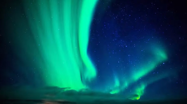 Iceland 4x4 car rental reviews and northern lights