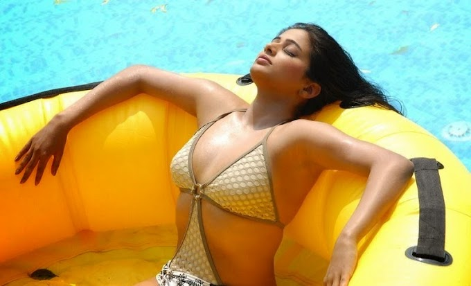 Indian Actress PRIYAMANI HD BIKINI Hot sexy wet PHOTO COLLECTION 1