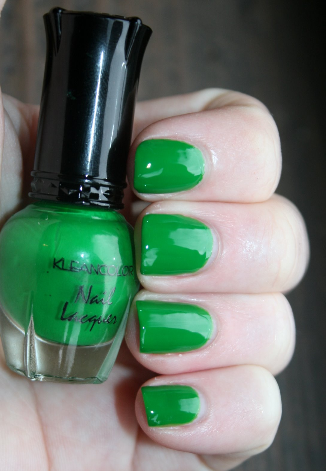 Kleancolor Green Grass Swatch