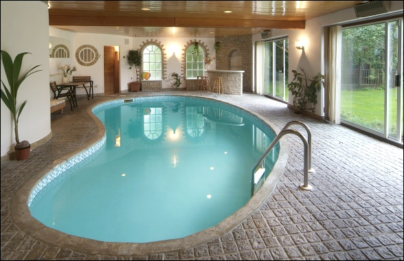 New Home Designs Latest.: Indoor Home Swimming Pool
