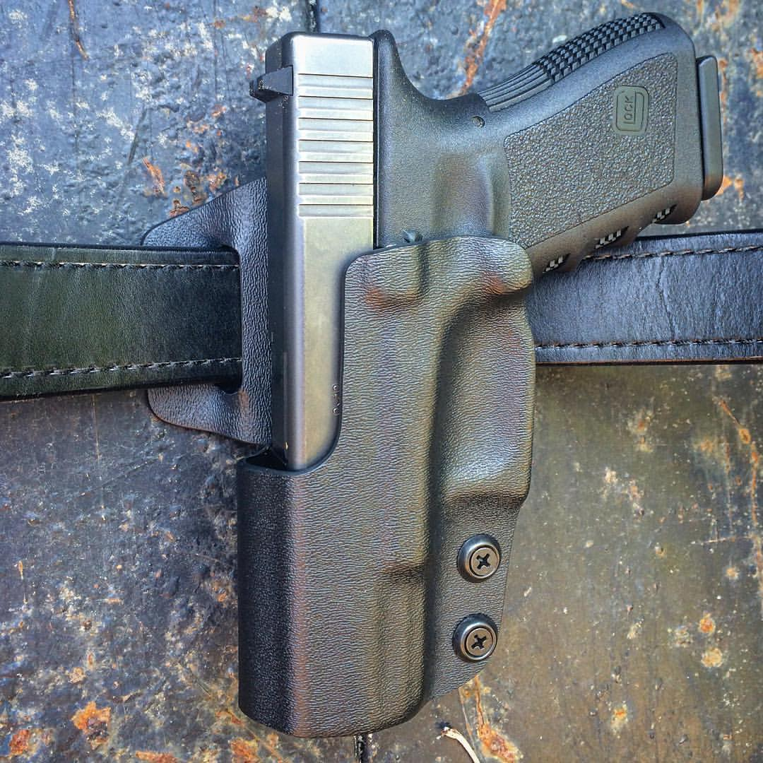 Dara Holsters: Glock 19 IDPA Holster