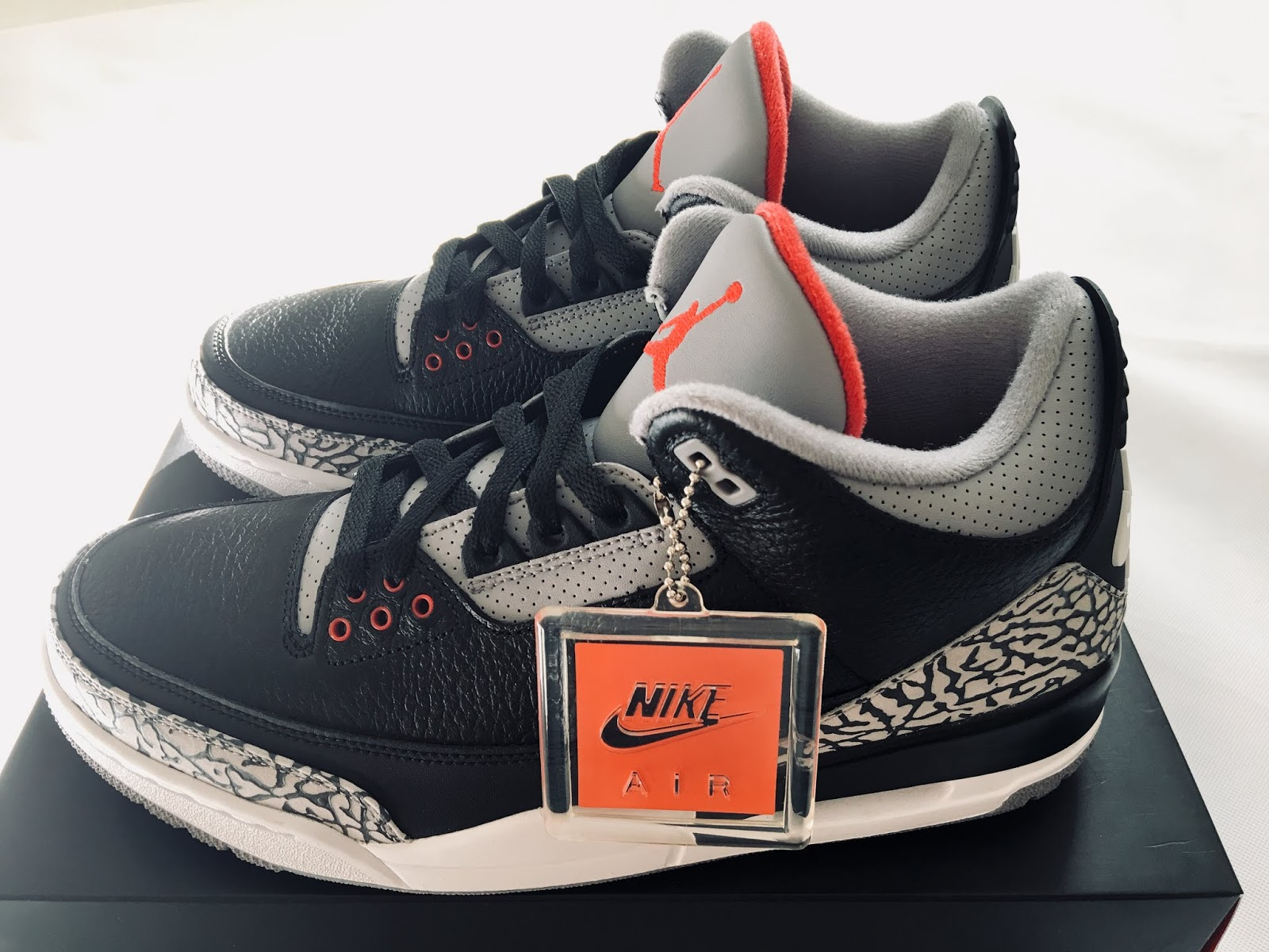 new product 0861d 77e32 Air Jordan 3 Retro OG Black Cement 854262-001