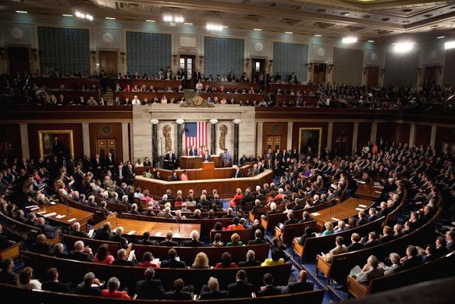 Senadores de EEUU introducen legislación sobre TPS para apoyar a los venezolanos que huyen del régimen de Maduro