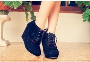Model Sepatu Boot Wanita Trendy 2014 1267d880a6
