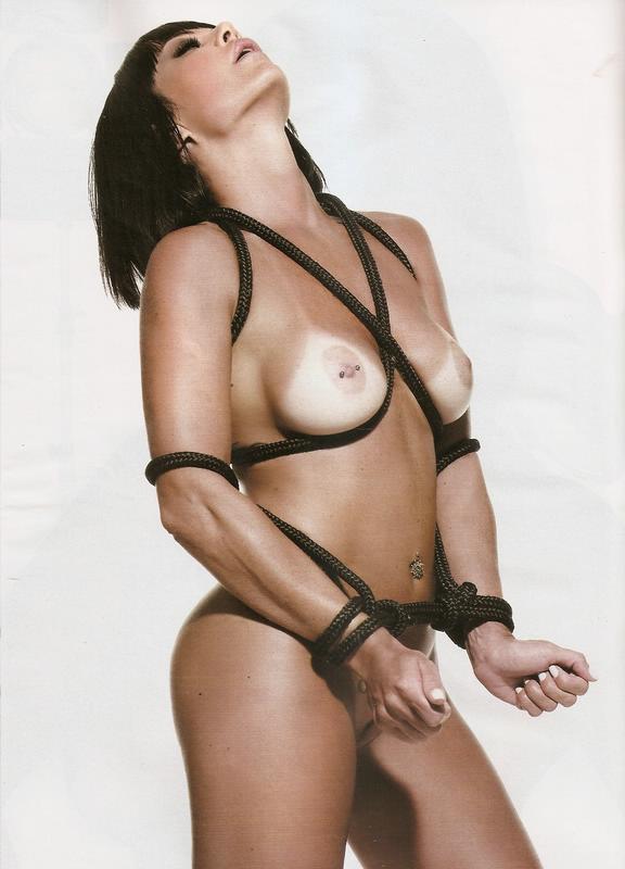 Valentina do Ratinho pelada nua na playboy 9