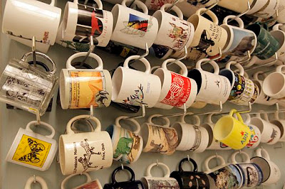 grouping-of-mugs