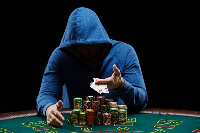 Cara Bermain Permainan BandarQ Agar Menang Terus Di Pokermas99