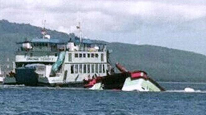 Kapal Revalia 2 Tenggelam