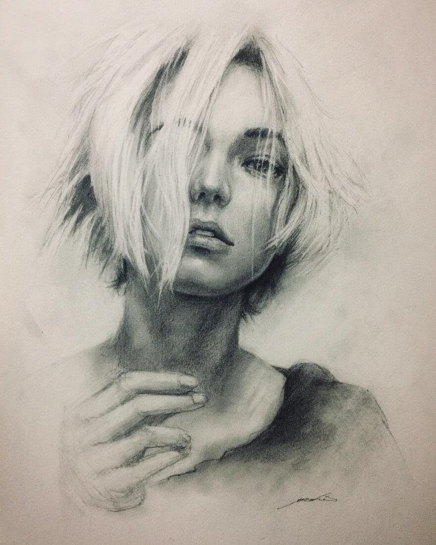 02-@karliekloss-Yoshi-Portrait-Drawings-of-People-on-Instagram-www-designstack-co