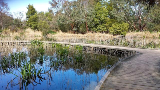 Wirribi River Trail Werribee Zoo