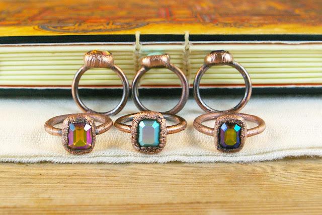 https://www.etsy.com/ca/listing/672241146/vintage-ab-emerald-cut-rhinestone-ring