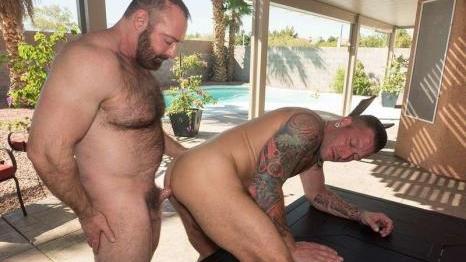 Hugh Hunter And Brad Kalvo (Bareback)