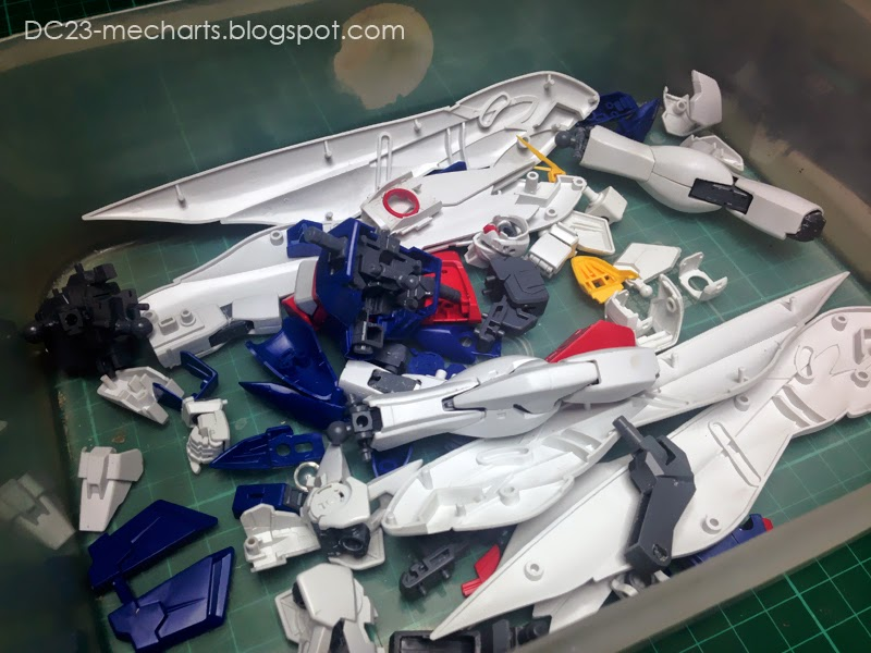 MG Wing Gundam Zero Custom WIP041414photo