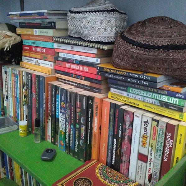 Membaca buku, buku, book, book lover, sejarah buku google buku buku gratis buku mimpi buku online pengertian buku buku wikipedia buku