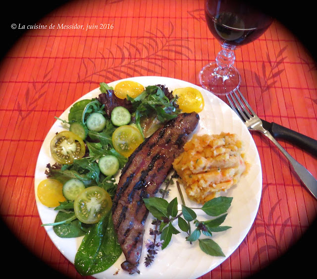 la cuisine de messidor foie de veau grill sur la cuisini re. Black Bedroom Furniture Sets. Home Design Ideas