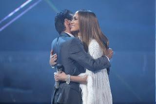 Jennifer Lopez kissed Mac Anthony