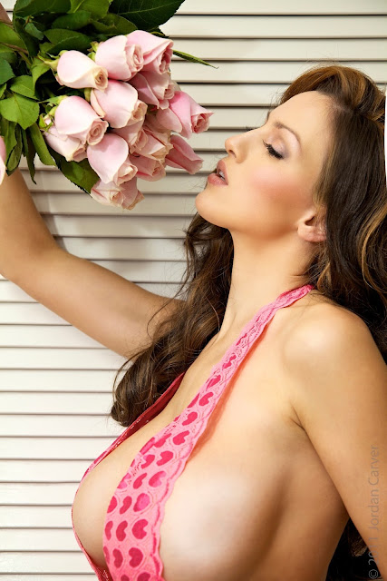Jordan-Carver-Valentine-sexy-photo-shoot-HD-image-26