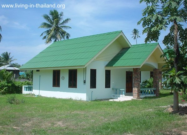 These 50 photos of beautiful bungalow house design is a for Small house design thailand
