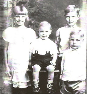 Nancy Gertrude Brumley Weik and her siblings