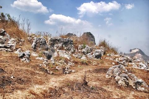 Ada Stonehenge di Padalarang?