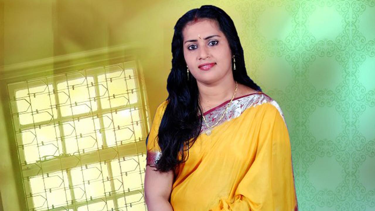 Malayalam Tv Serial Actress Malayalam Tv Actress Graashma -4544