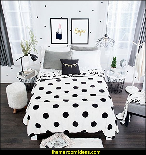 POLKA DOTS TEENS GIRLS  bedding polka dot bedroom decorating ideas - polka dot wall decals -  polka dot bedroom theme - bedroom circles - polka dots decor  - polka dot wall murals - polka dot bedding - Polka Dot decals - polka dot walls - polka dot pillows - polka dot comforters - polka dot duvets -