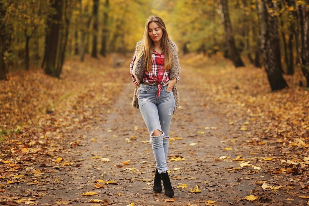 Jeans + koszula w kratę, czyli jesienny look!