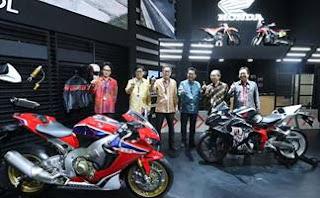 Ramaikan GIIAS 2017 AHM Pamer Moge Big Bike dan Premium Bike Honda Terbaru