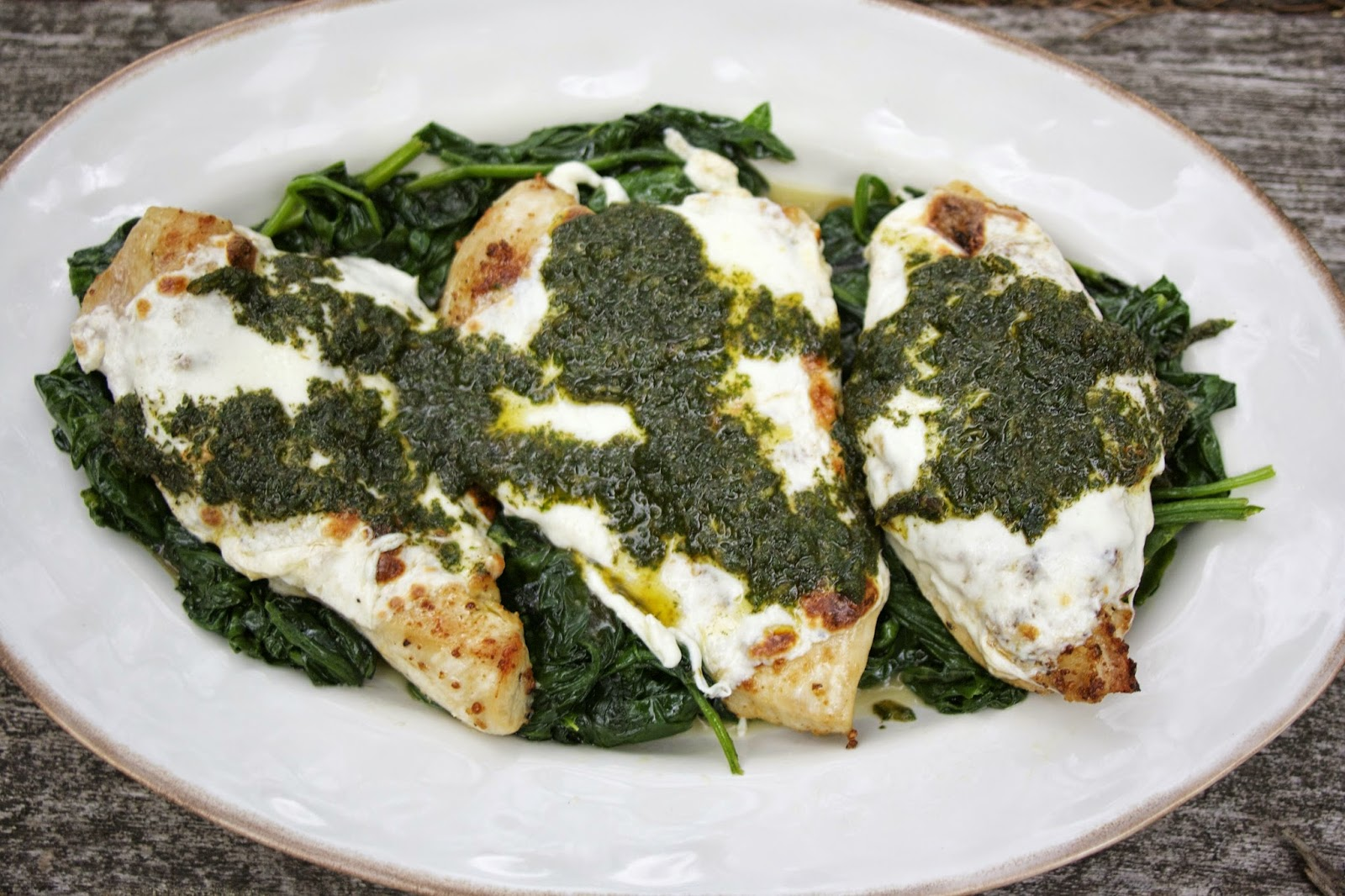 Garlic Chicken w/ Mozzarella & Mint Pesto: simplelivingeating.com