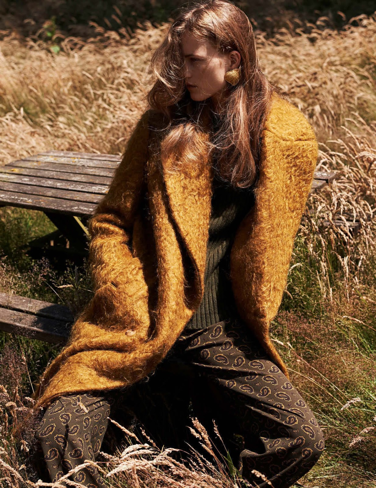 Fashion October 2016: Country Strong: Julie Hoomans By Paul Bellaart For Vogue