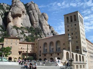 monasterio de monserrat exterior
