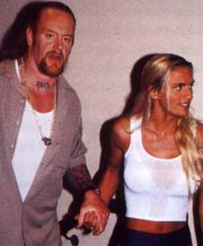 wwe hd wallpapers the undertaker with his wife pics