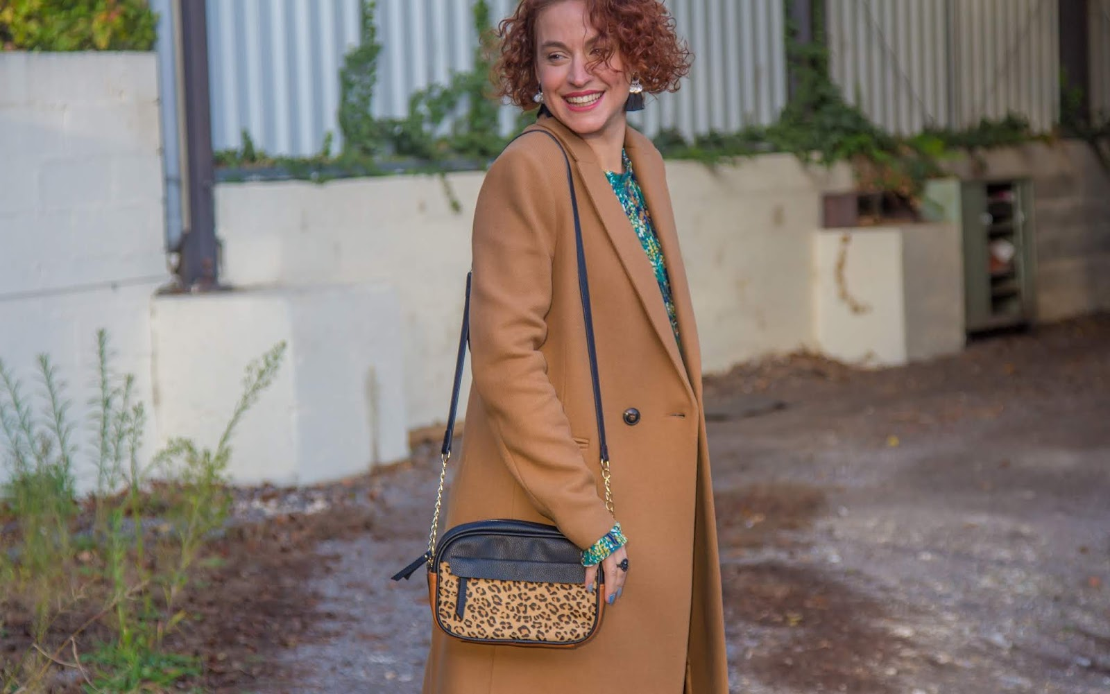 look-manteau-long-camel-promod