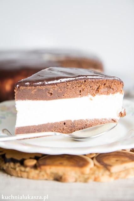 Ciasto czekoladowe z kremem budyniowym