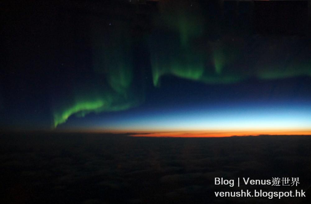 飛機上看極光