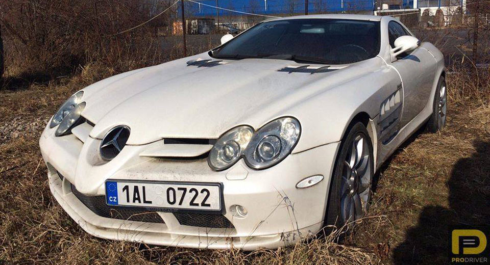 this mercedes benz slr mclaren has been abandoned since 2011. Black Bedroom Furniture Sets. Home Design Ideas