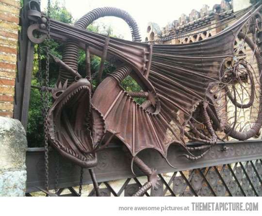 quite possibly the coolest fence ever