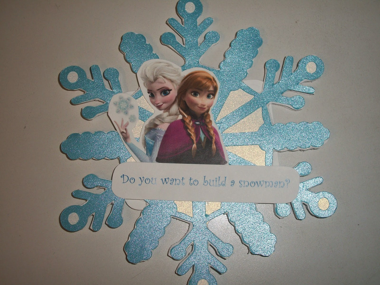 Completed DIY Frozen themed birthday party invitation