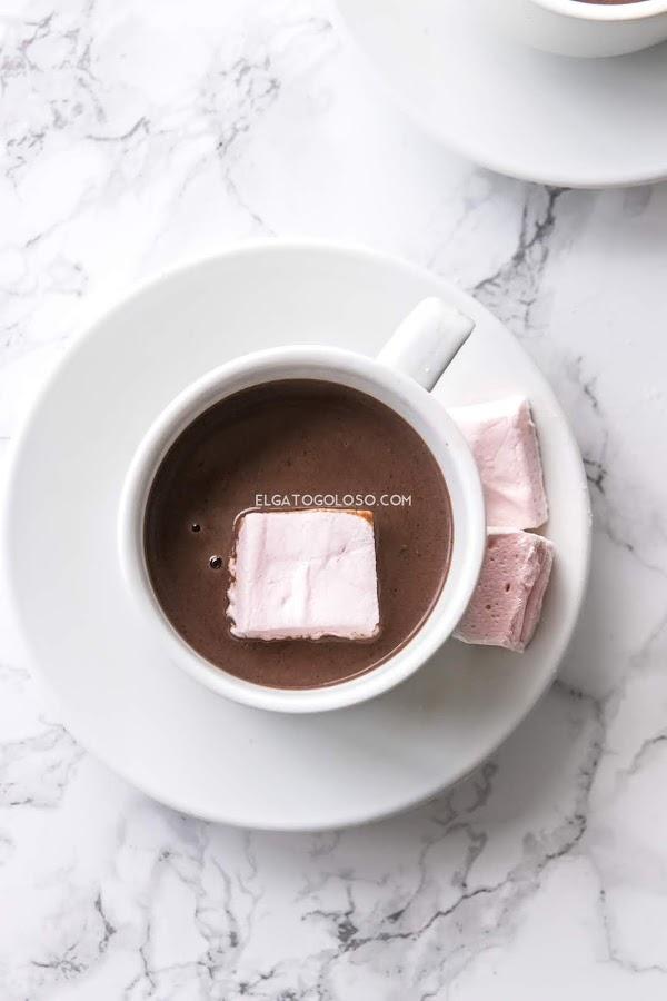 Marshmallows, malvaviscos o nubes. La receta para hacerlos en casa vía elgatogoloso.com