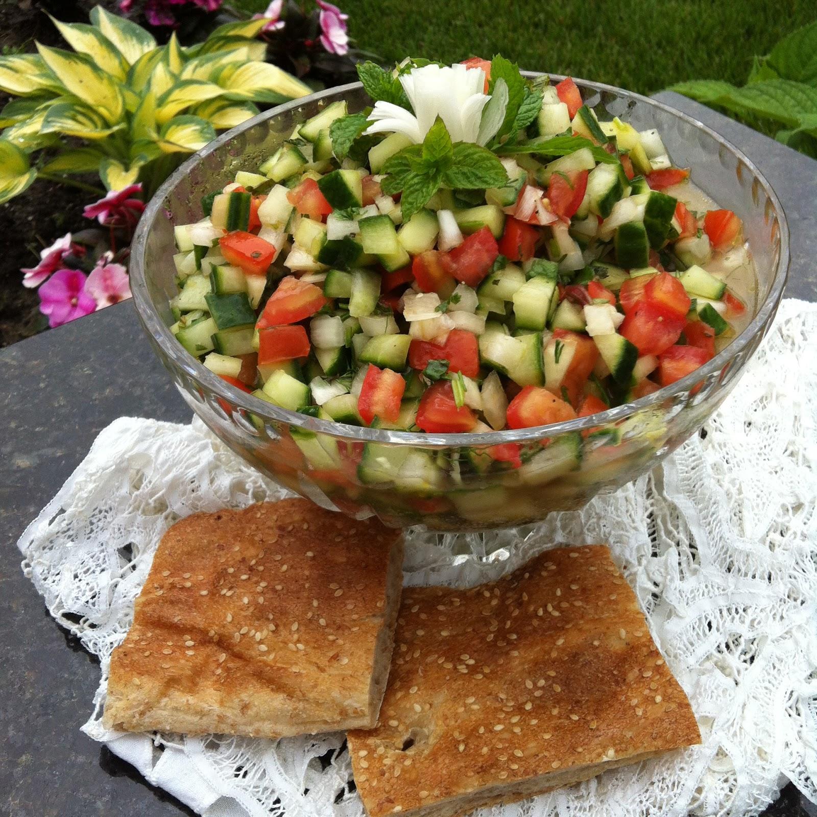 La mia cucina persiana salad shirazi insalata di for Cucinare cetrioli