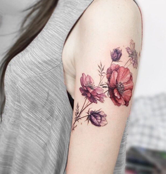 Awesome Shoulder Floral Tattoos