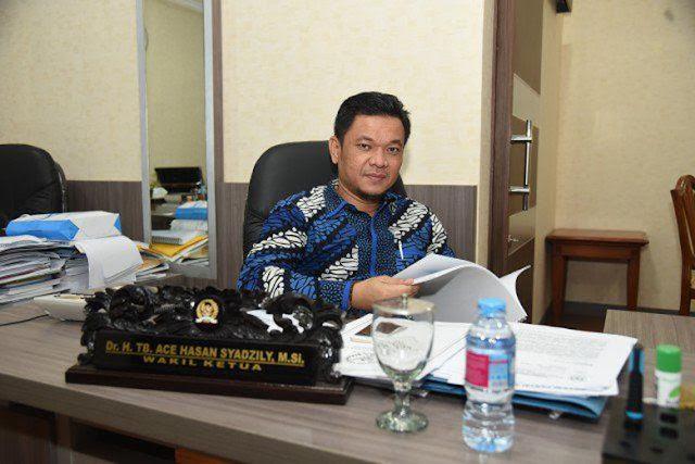Tim Jokowi Kritik Prabowo-Sandi Ubah Visi-Misi: Menjiplak!