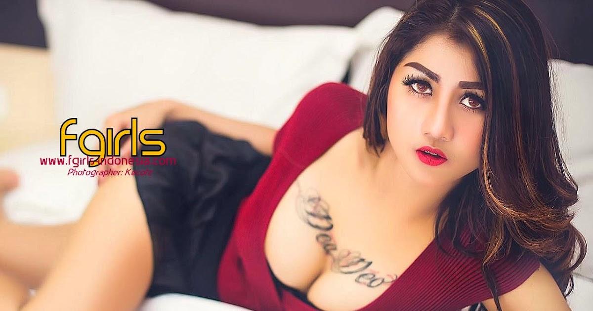 free mistress pissing