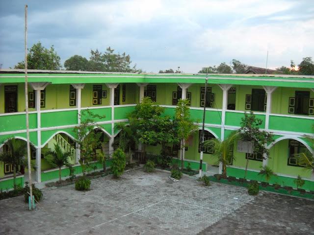 Sekolah Tinggi Agama Islam Al Muhammad Cepu (STAI AMC)
