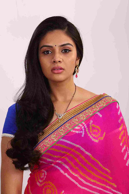 Sreemukhi in Kutumba Katha Chitram Movie Stills