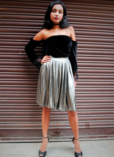 metallic pleated skirt new year outfit