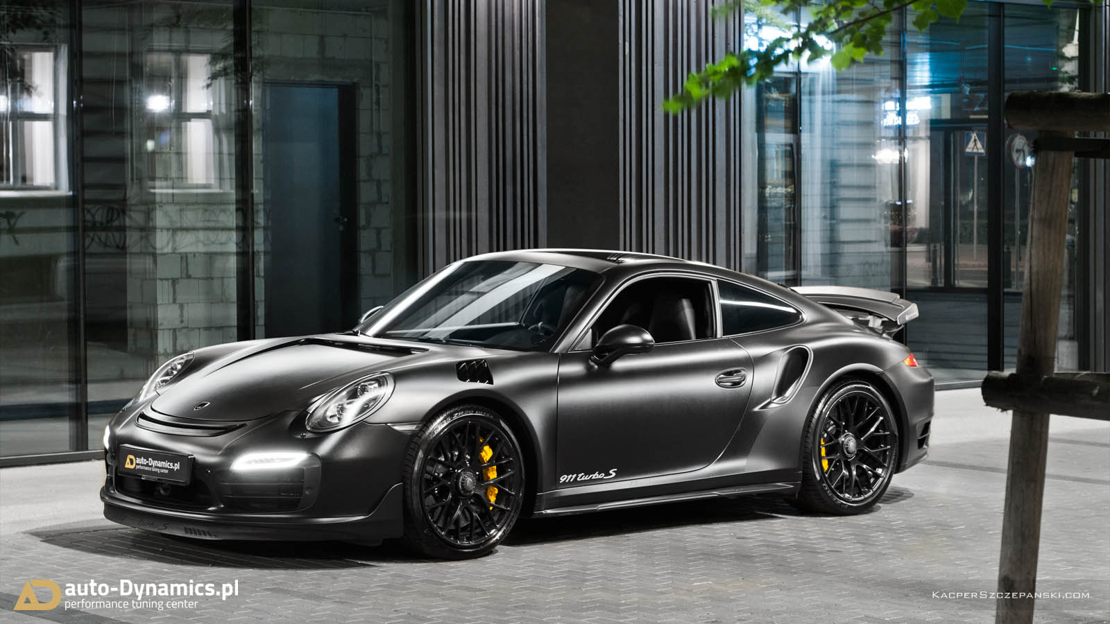 dark knight 911 turbo s brings out the best. Black Bedroom Furniture Sets. Home Design Ideas
